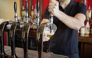 Pub bosses take licensing law changes battle to Westminster