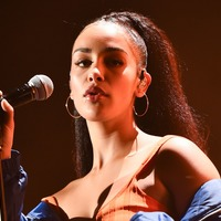 Jorja Smith: Not fitting into sample size clothing made me more confident