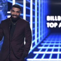 Drake thanks mother as he wins big at Billboard Music Awards