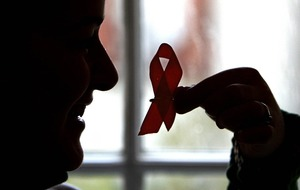 HIV-suppressing drug can stop virus being transmitted, study says