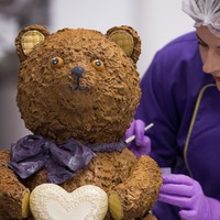 Cadbury World creates giant chocolate teddy bear to celebrate royal birth