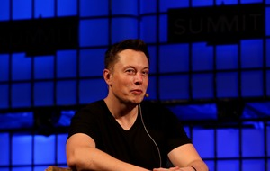 Elon Musk offers glimpse of SpaceX's internet satellites