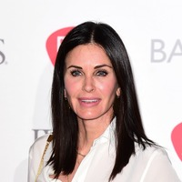 Courteney Cox shares Friends throwback picture