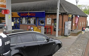 Crime gang carried out 'reconnaissance' trips to cash machines, court hears
