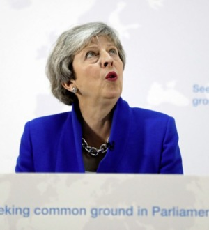 May offers MPs chance to vote on second referendum in bid to push through new Brexit deal