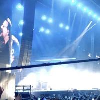 U2's Bono the surprise guest at Snow Patrol concert