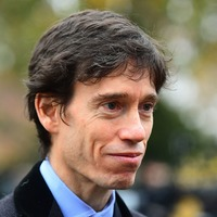 Tory leadership hopeful Rory Stewart surprises Twitter users with fluent Dari