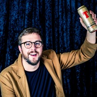 Comedian Iain Stirling toasts Golden Can honour
