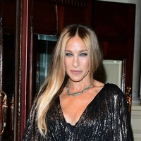 Sarah Jessica Parker stuns in shimmering dress at Starry Messenger press night