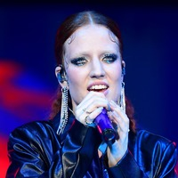 Jess Glynne: Spice Girls sound complaints are a 'load of rubbish'