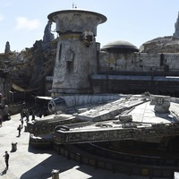 Disney offers glimpse inside new Star Wars theme park attraction