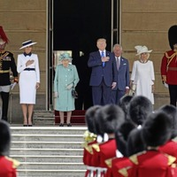 Pomp and ceremony greets Trump in UK state visit