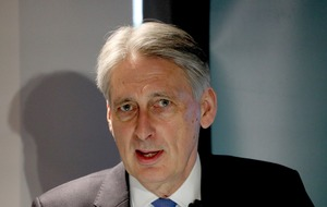 Hammond to push for global tax crackdown on tech giants