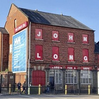 Famous John Long's chippy in Belfast wins license to sell alcohol