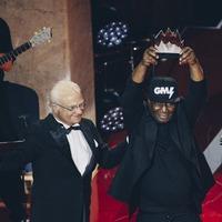 Grandmaster Flash dedicates music prize to 'every DJ, rapper, graffiti artist'