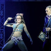 Co Down star Rhiannon Chesterman rocks up on Belfast stage for 80s musical