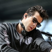 Mark Ronson sorry for throwing up at Tom Cruise's wedding
