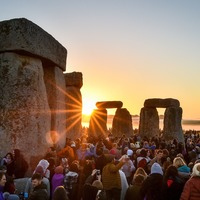 In Pictures: Crowds greet the sun on the longest day of the year