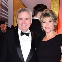 Emotional Eamonn Holmes hosts This Morning without grieving wife