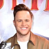 Olly Murs to take time out for recovery after 'serious' knee surgery