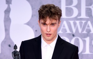 Sam Fender pulls out of Glastonbury slot citing illness