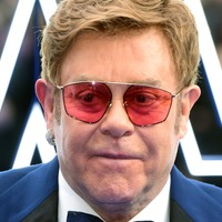 Sir Elton John attacks Putin over LGBT comments