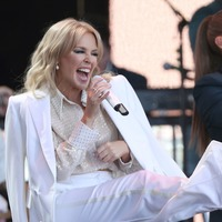 Kylie Minogue delights Glastonbury fans with mix of old and new hits