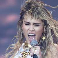 Miley Cyrus turns the air blue as she says Glastonbury changed her life