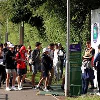 Tennis fans from across globe join famous Wimbledon queue