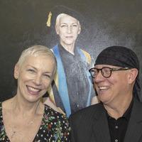 Annie Lennox portrait unveiled at Glasgow university