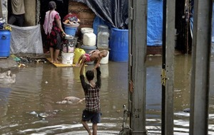 At least 27 killed and dozens injure following heavy monsoon rains in western India