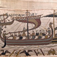 Bayeux Tapestry loan to UK hailed as example of 'Anglo-French co-operation'