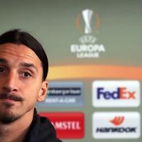 Los Angeles Galaxy spell Zlatan Ibrahimovic's name wrong on back of match shirt