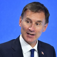Jeremy Hunt jokes about being PM by 2020 at media conference