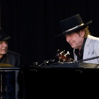 Bob Dylan and Neil Young roll back the years at Hyde Park