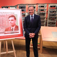 War hero and computer science pioneer Alan Turing to feature on £50 note
