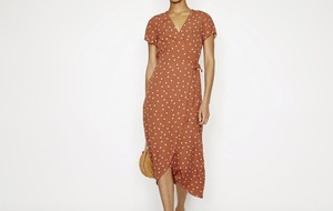 On trend: 5 polka dot dresses that will make you feel like a pretty woman