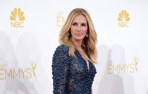 Julia Roberts reacts to Emmys 'snub'
