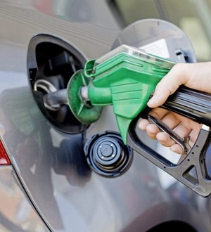Inflation rate remains unchanged as cheaper fuel offset by dearer food and alcohol