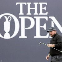 Pep talk from coach inspires Shane Lowry to a fine 67