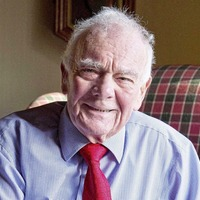 Tributes to well-known newspaper journalist who passed away at the age of 83