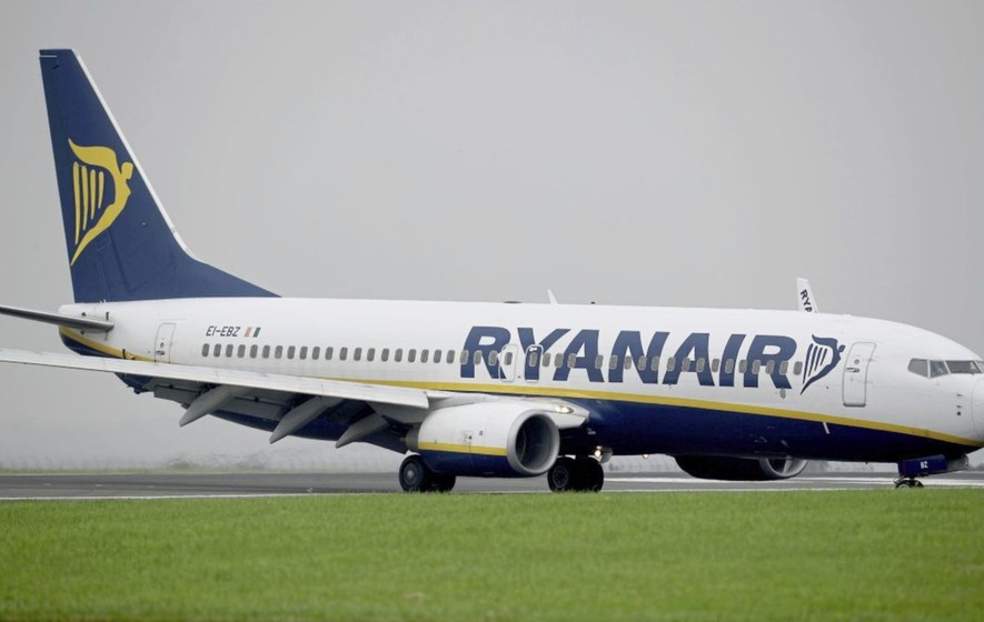 Ian Paisley says 'good ridance' to 'foreign airline' after Ryanair cuts routes from Belfast