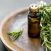 Iranian research shows rosemary oil as good for tackling period pain as drugs