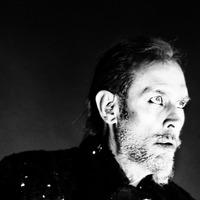 Former Bauhaus singer Peter Murphy suffers a heart attack