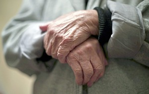 Pension age hike urged to boost economy and help older workers