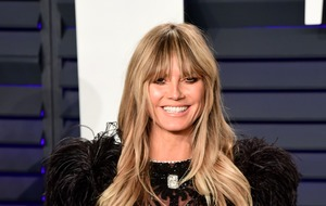 Heidi Klum shows off her wedding ring on Instagram