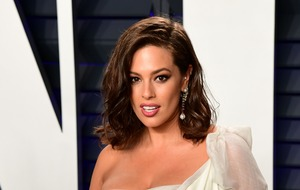 Ashley Graham praised for sharing stretch mark photo