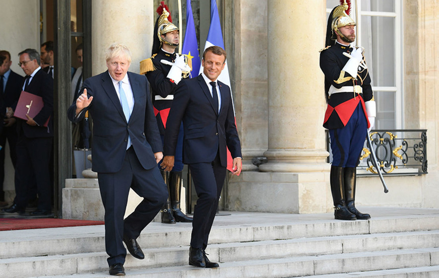 Emmanuel Macron warns Boris Johnson not to expect major changes to Brexit deal