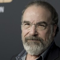 Homeland star Mandy Patinkin says politicians using xenophobia to get elected
