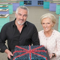 Paul Hollywood hails 'amazing' Bake Off co-stars past and present